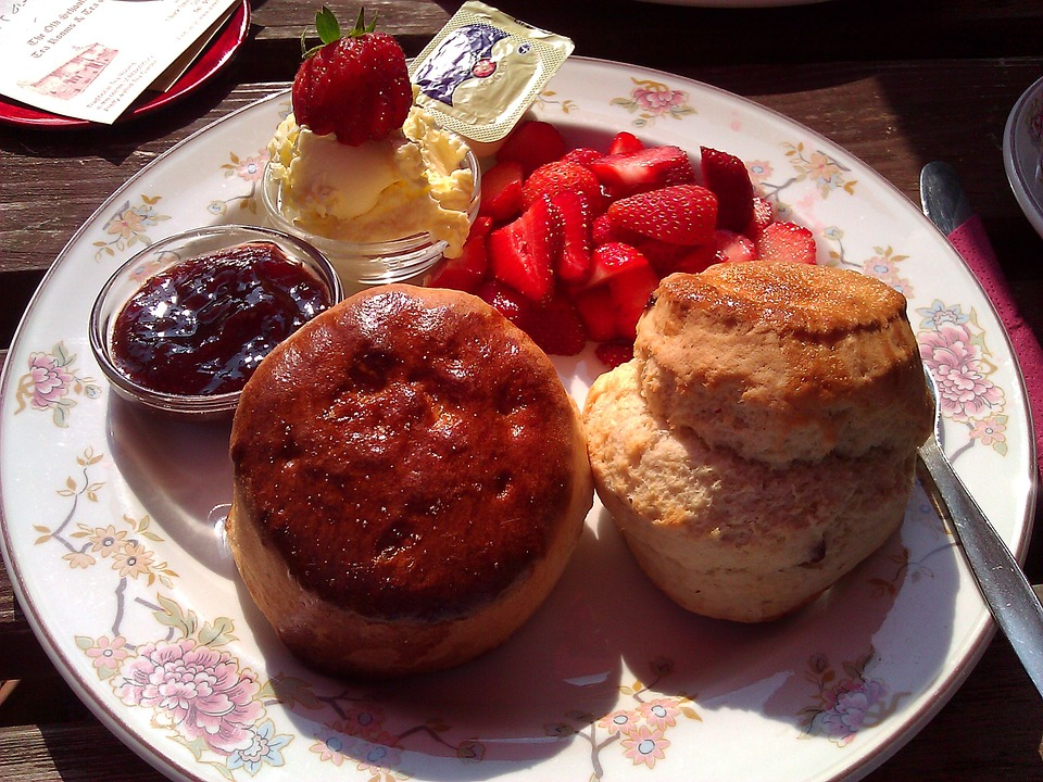 A classic place of scones, cream, jam, strawberries and butter in Cornwall