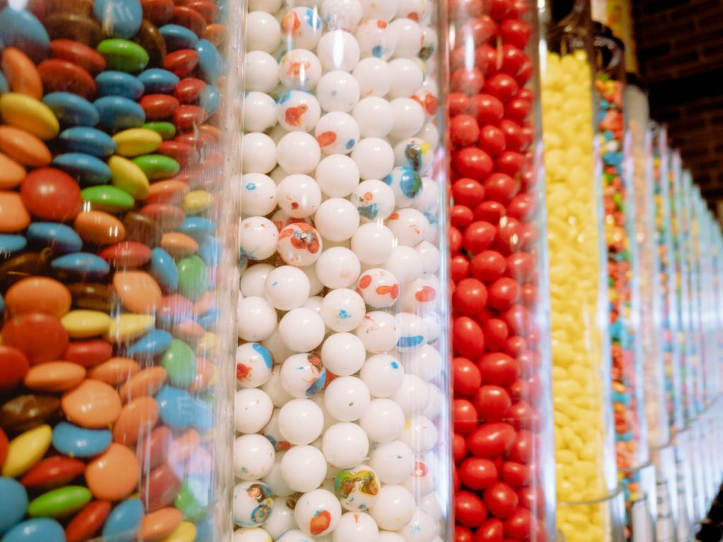 Gobstoppers and other sweets in large glass jars