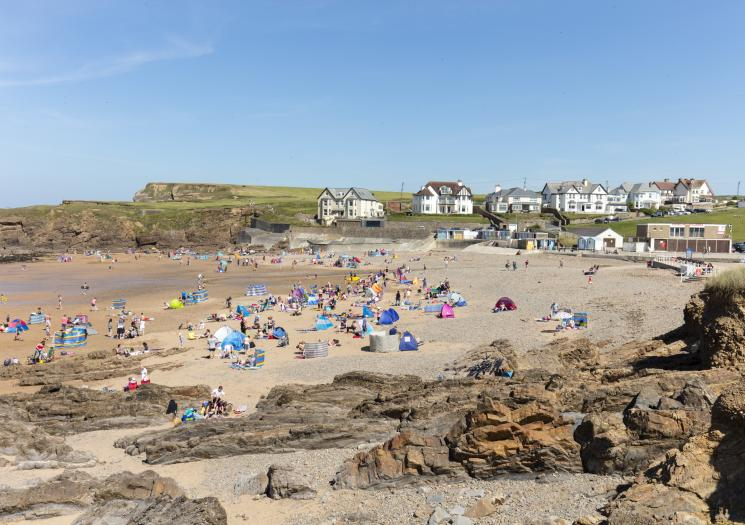 A view from the rocks at Crooklets Beach in Bude